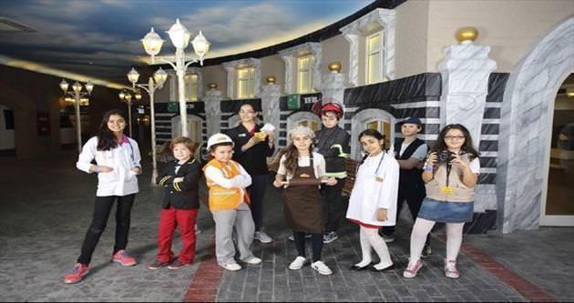 Kasımpaşa Çocuk Yuvası Minopolis'te eğlendi