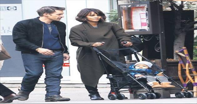 Paris'te aile saadeti