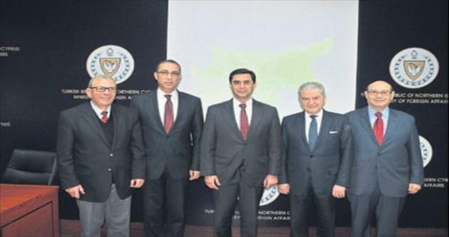 Kıbrıs'ta öncelik ekonomi olmalı