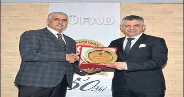 Başkan Kocamaz'a spora destek ödülü
