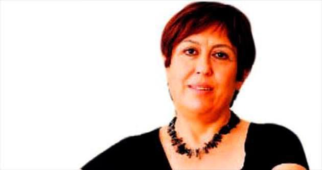 Mülkiyenin ilk kadın dekanı