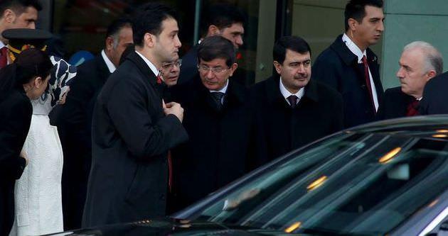 Başbakan Davutoğlu İstanbul'a döndü