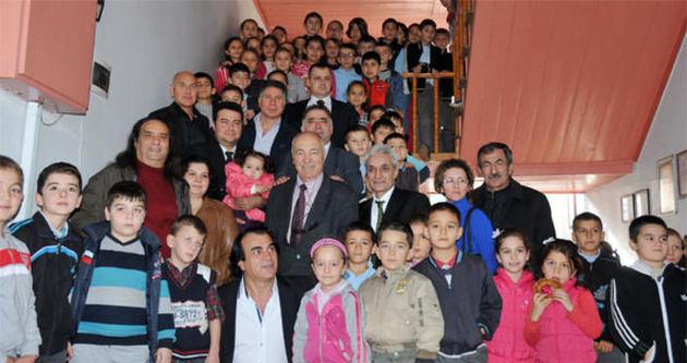 Hababam Sınıfı oyuncuları Orhangazi İlkokulu'nda