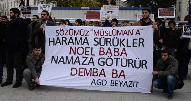 'Harama Sürükler Noel Baba, Namaza Götürür Demba Ba'