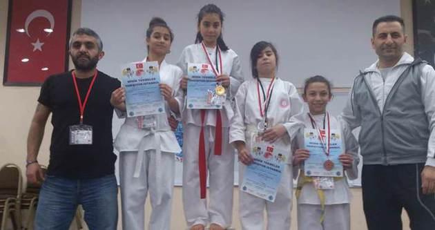 Minikler İstanbul'da yarıştı