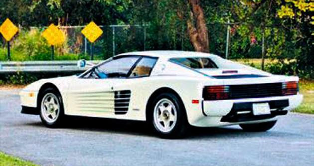 Ünlü Ferrari açık artırmada