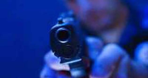 Eğlence mekanında silahlar konuştu