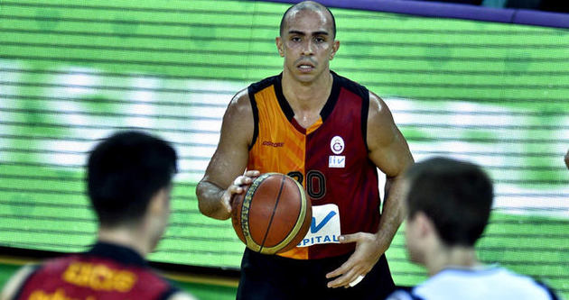Galatasaray Arroyo ile güldü