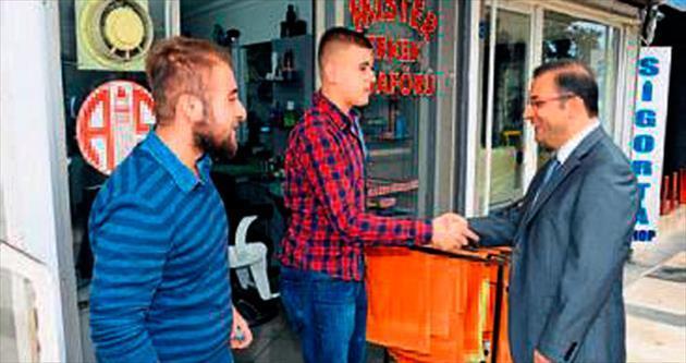 Vali Türker'den esnaf ziyaretleri