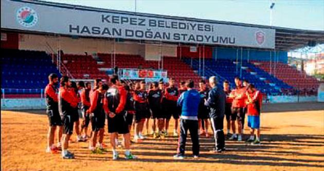 Kepez'in play-off aşkı