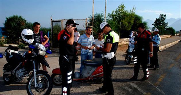 Polis yılbaşı için tedbirlerini artırdı