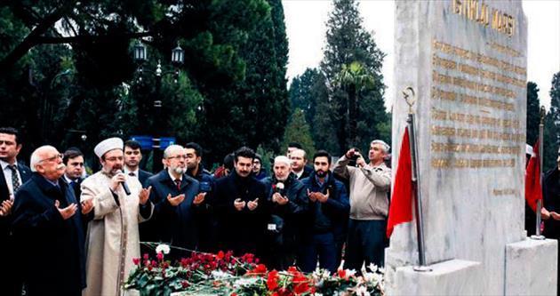 Mehmet Akif Ersoy kabri başında anıldı