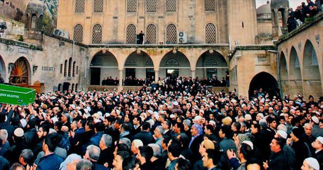 Abdülkadir Badıllı'yı binlerce kişi uğurladı