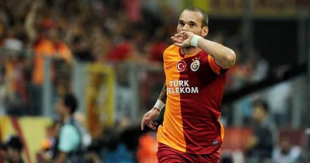 Sneijder'in Volkan'a gol attığı top satıldı!