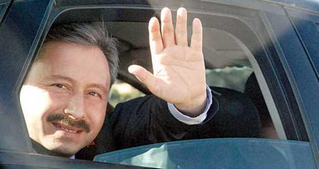 İdris Bal partiyi Ekrem Dumanlı'ya mı veriyor?