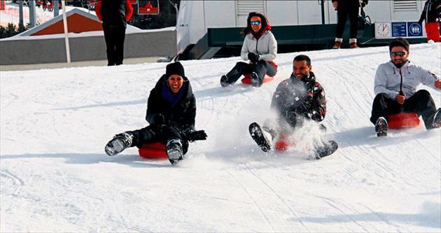 Kayak sezonunu Palandöken'de açtılar