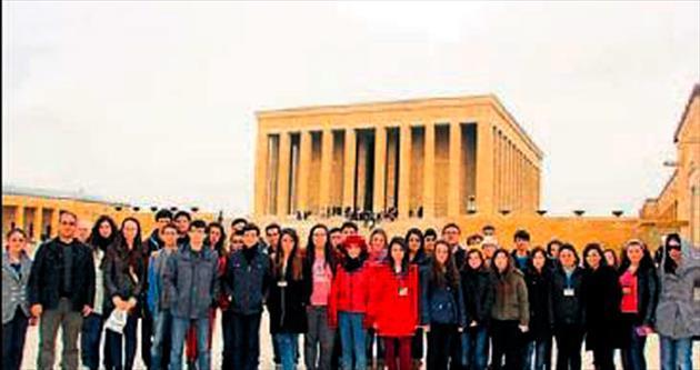 Başarılı öğrencilere kültürel gezi ödülü