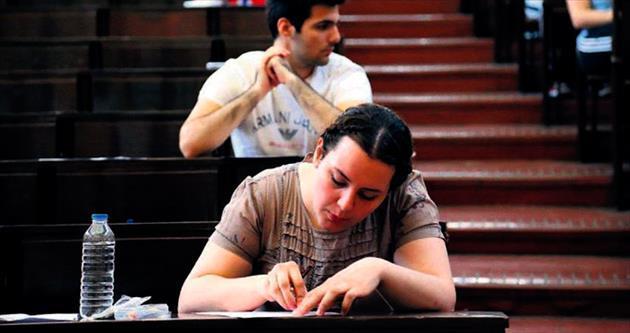 Üniversite sınavlarında önce başvuru, sonra para