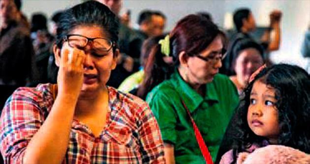 Güney Asya'da bir uçak daha kayboldu