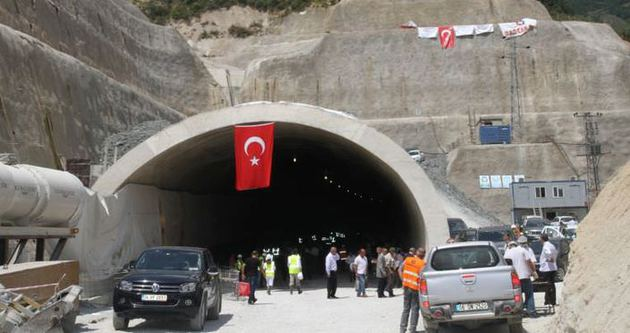 İstanbul-İzmir arası 3,5 saate düşüyor