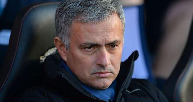 Mourinho esti gürledi!