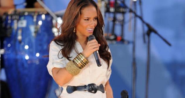 Alicia Keys ikinci kez anne oldu