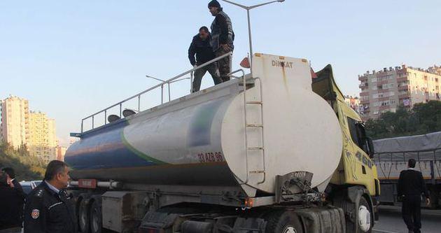 Kapanla durdurulan tankerden 970 kilo esrar çıktı