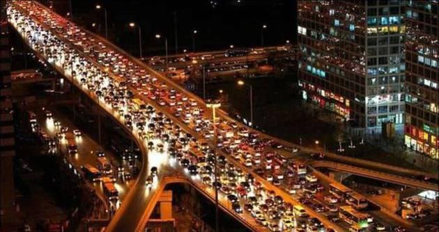İstanbul'da günde 8 bin sürücüye ceza kesiliyor!