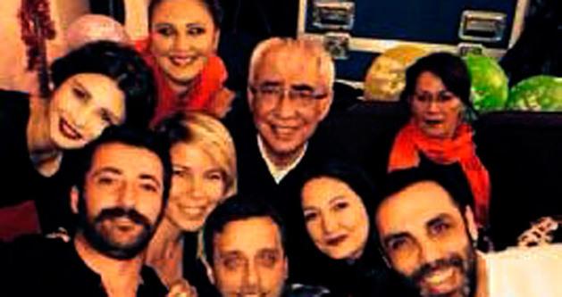 Şener Şen'e sürpriz doğum günü partisi