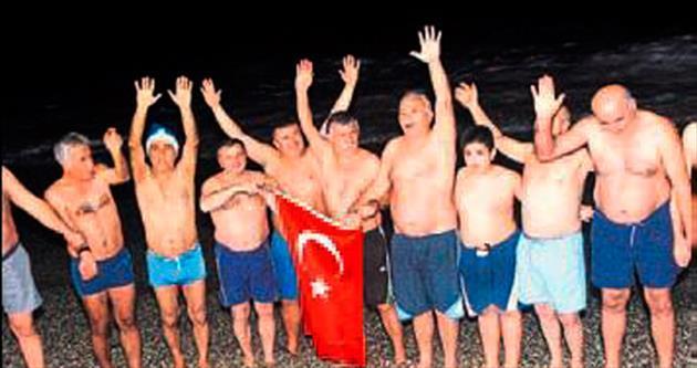 Denizde karşıladılar