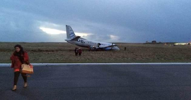 İngiltere'de uçak alev aldı iddiası