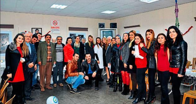 Tarsuslu Berdan Cıvata 2015'i çalışanlarla birlikte karşıladı