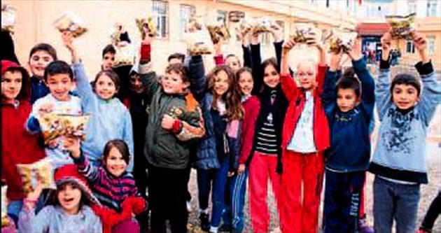 Halk Çerez okul kantinlerinde