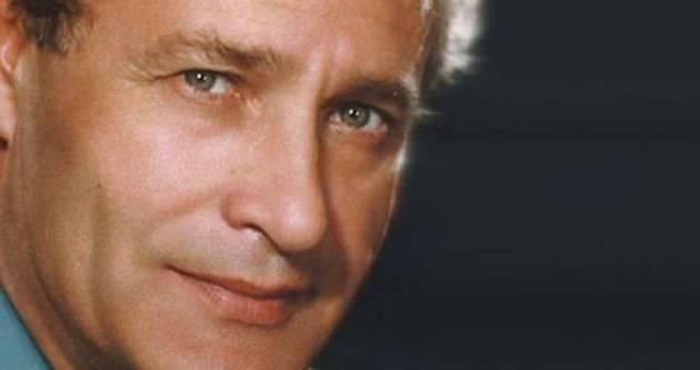 Tiyatrocu Mustafa Şekercioğlu hayatını kaybetti