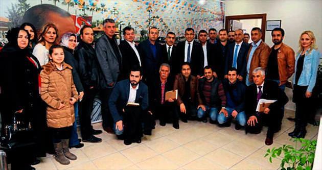 Başkan Mahmut Çelikcan'dan AK Parti Çukurova'ya ziyaret