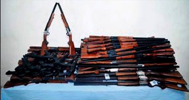 İran sınırında 100 av tüfeği bulundu