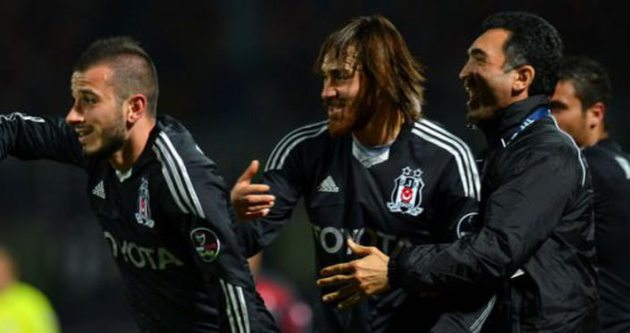 Beşiktaş'ta 3 imza birden