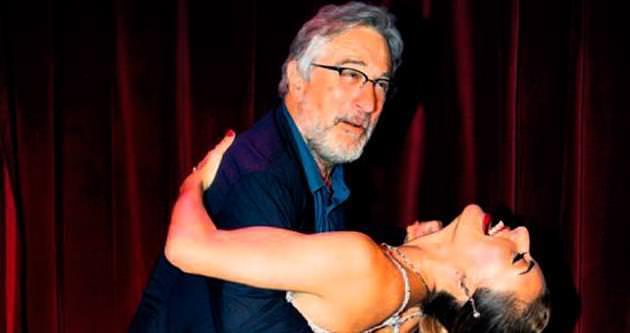 Robert De Niro'dan tango şov