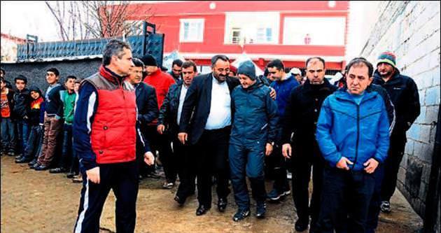 Kaymakam ve başkan köylere yürüyüş yaptı