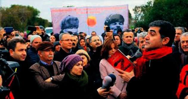 İzmir'de Türk askerine kurşun sıkmayan Yunanlar unutulmadı