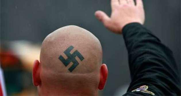 Neonaziler Almanya'da disko bastı