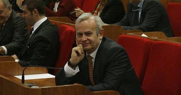 Sarıgül ve İnönü meclis oturumunda göz göze dahi gelmedi