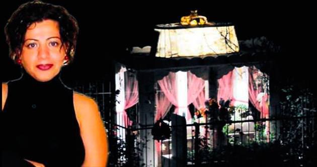 Annesi mezarını 12 yıldır aydınlatıyor