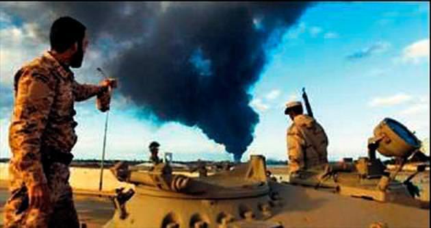 Libya jetleri Yunan tankerini hedef aldı