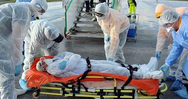 Ebola virüsünden 8 bin kişi öldü