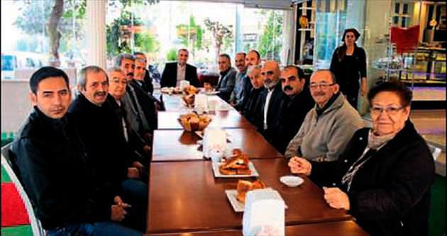 AK Parti Toros'ta mahalle toplantısı