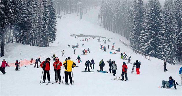 Avrupa'da kayak keyfi başladı