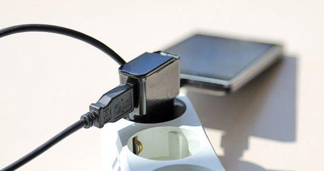 Telefonların 'katili' taklit aksesuarlar