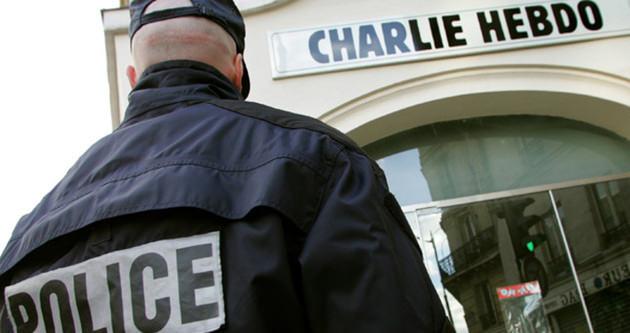 Charlie Hebdo Twitter'dan Bağdadi'yi paylaştı