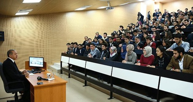 Cumhurbaşkanı Erdoğan YBÜ'nde ders verdi